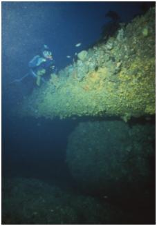 J5 Submarine f